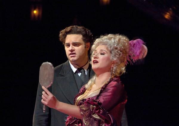 Giulietta és Hoffmann: Jekatyerina Gubanova és Joseph Calleja (fotó: Ken Howard / Metropolitan Opera)