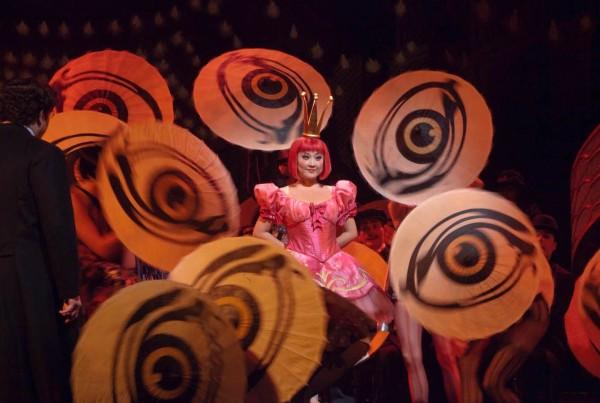 Olympia: Kathleen Kim (fotó: Ken Howard / Metropolitan Opera)