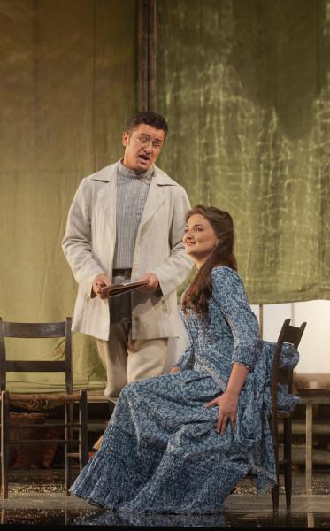 Olga és Lenszkij: Okszana Volkova és Piotr Beczała (fotó: Ken Howard)