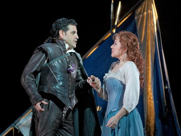 Elena és Giacomo: Joyce DiDonato és Juan Diego Flórez (fotó: Ken Howard / Metropolitan Opera)
