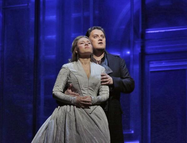 Desdemona és Otello: Szonja Joncseva és Aleksandrs Antonenko (fotó: Ken Howard / Metropolitan Opera)