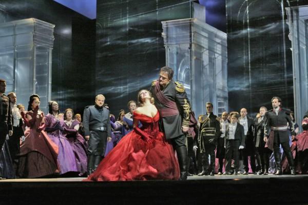 Jelenet az előadásból (fotó: Ken Howard / Metropolitan Opera)