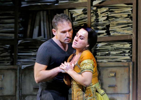 Leila és Zurga: Diana Darau és Mariusz Kwiecień (fotó: Ken Howard / Metropolitan Opera)