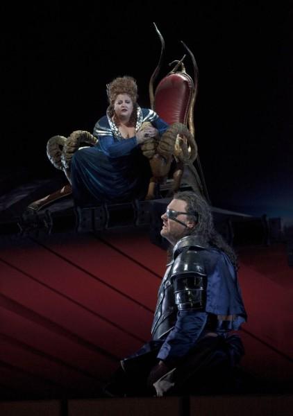 Fircka és Wotan: Stephanie Blythe és Bryn Terfel (fotó: Ken Howard)