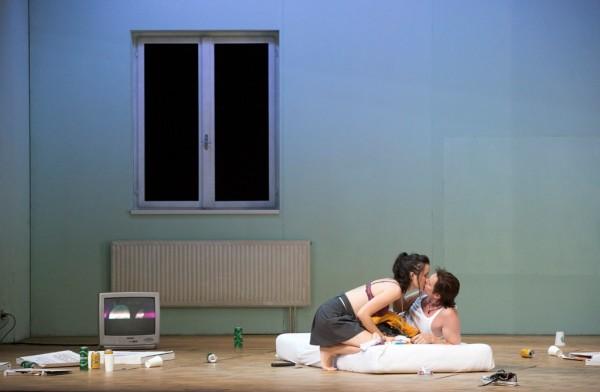 Anne és Tom: Anna Prohaska és Toby Spence (fotó: Herwig Prammer)
