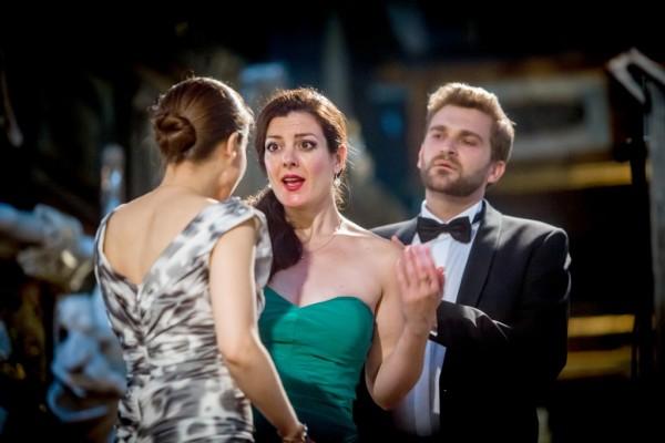 Stephanie True (háttal), Maria Hinojosa és Richard Helm (fotó: Tomasz Pietrzyk)
