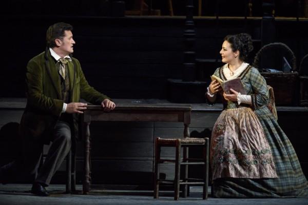 Mimi és Rodolfo: Lianna Haroutounian és Piotr Beczała (fotó: Bill Cooper / Royal Opera House)