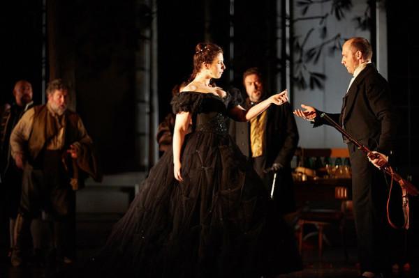 A grófné és a gróf: Ellie Dehn és Stéphane Degout (fotó: Mark Douet / Royal Opera House)