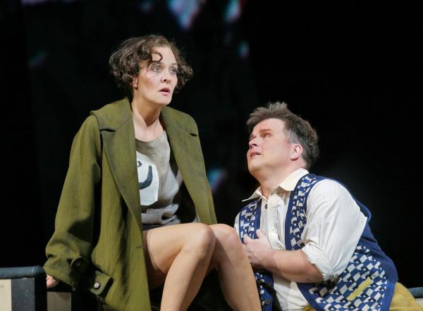 Lulu és Alwa: Marlis Petersen és Daniel Brenna (fotó: Ken Howard / Metropolitan Opera)