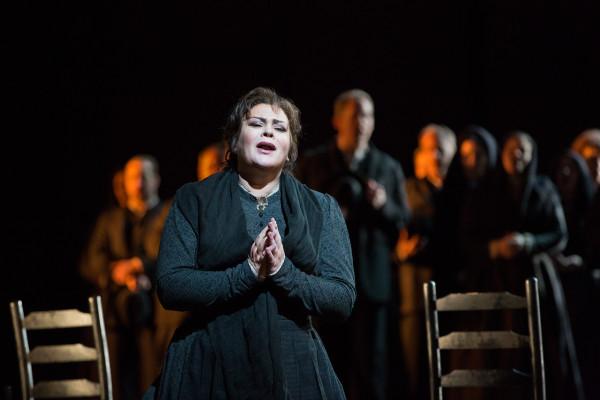 Santuzza: Violetta Urmana (fotó: Marty Sohl / Metropolitan Opera