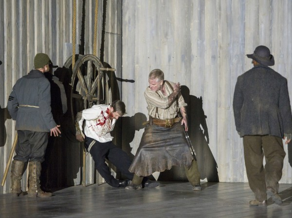 Oroveso: James Creswell (fotó: Alastair Muir / English National Opera)