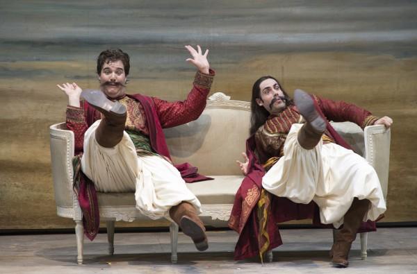 Ferrando és Guglielmo: Mauro Peter és Alessio Arduini (fotó: Ruth Walz / Salzburger Festspiele)