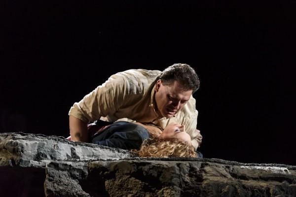 Manon és Des Grieux: Sondra Radvanovsky és Aleksandrs Antonenko (fotó: Bill Cooper / Royal Opera House)