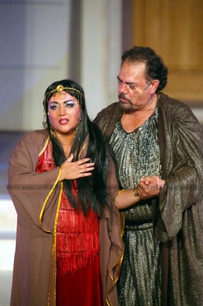 Aida és Amonasro: Lukács Gyöngyi és Alexandru Agache (fotó: Budai István)