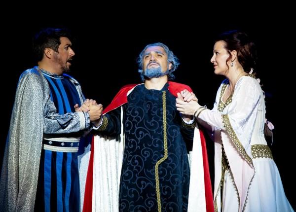 Amelia, Adorno és Boccanegra: Miksch Adrienn, László Boldizsár és Vasile Chișiu (fotó: Armel Operfesztivál)