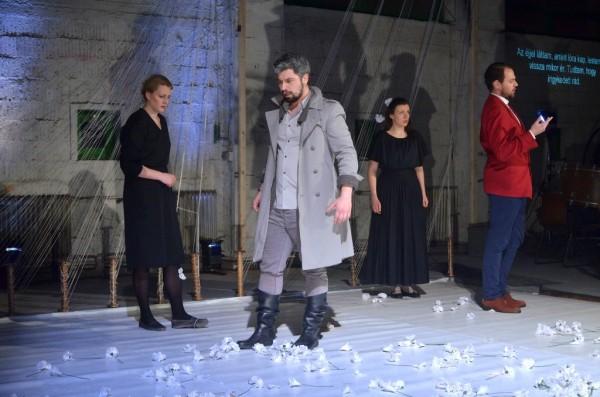 Jelenet az előadásból (fotó: Éder Vera)