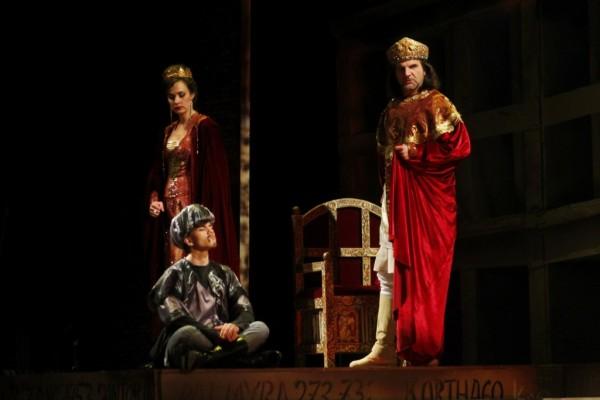 Iréne császárné és Konstantin császár: Kele Brigitta és Nyári Zoltán (fotó: Vajda János)