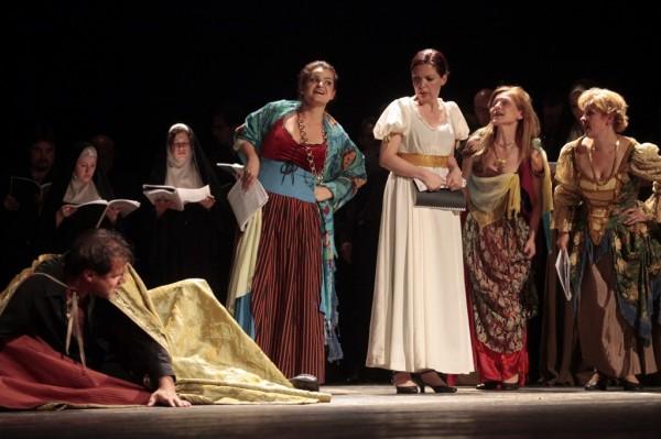 Jelenet A pisai lány című operából (fotó: Gálos Mihály Samu / Bartók Plusz Miskolci Operafesztivál)