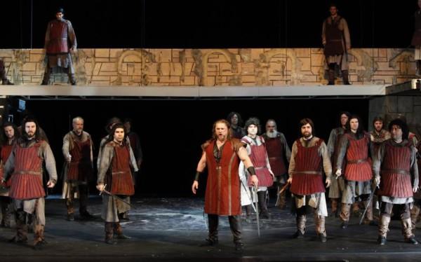 Manrico: Tóbisz Titusz (fotó: Szegedi Nemzeti Színház)